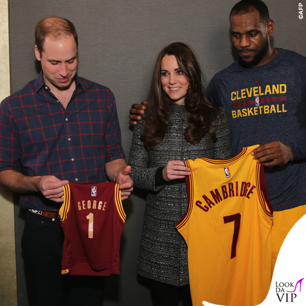 New-York-Principe-William-Kate-Middleton-cappottoTory-Burch-Bettina-grigio-LeBron-James-2