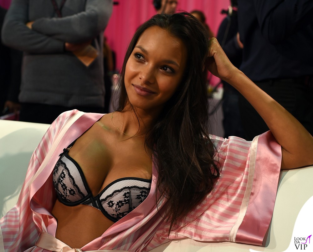 2015 Victoria's Secret Fashion Show - Hair & Makeup