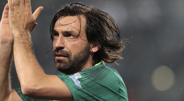 La truffa: «Sono Andrea Pirlo», e ordinava al telefono vestiti per migliaia di euro senza pagare. Denunciato
