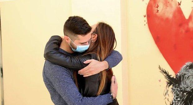 5229519_1125_fidanzata_positiva_coronavirus
