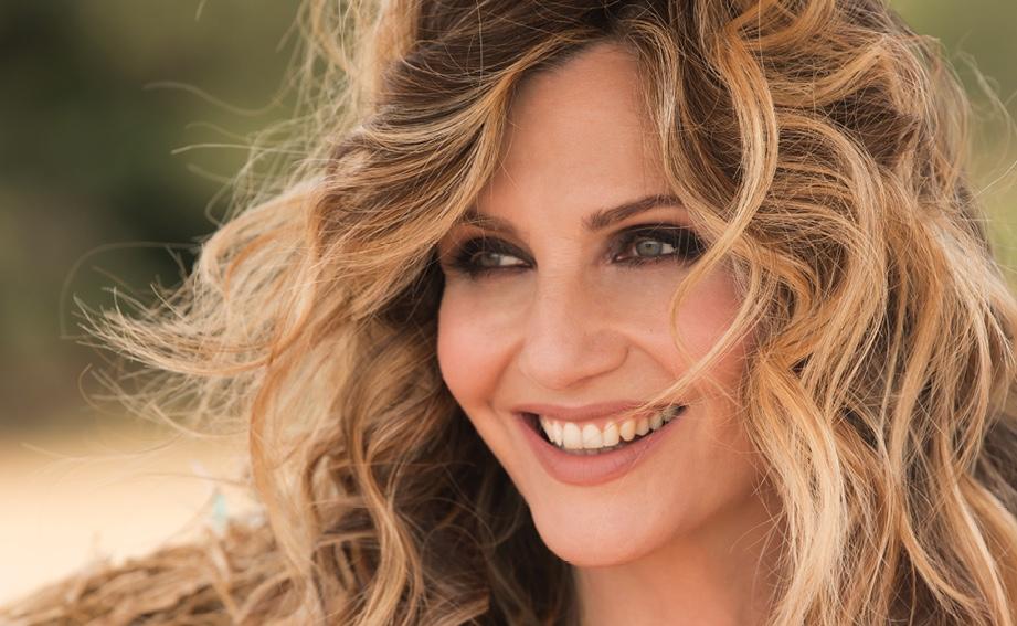 Lorella-Cuccarini-55-anni-1